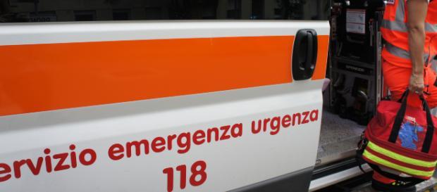 Lecce, donna si getta dal terrazzo di casa: gli era stato diagnosticato un tumore