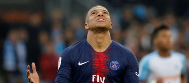 OM-PSG: Mbappé entre, marque et change tout - parismatch.com