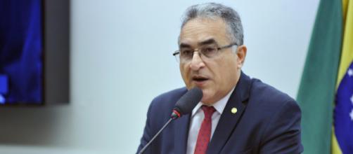 Deputado Edmilson Rodrigues do PSOL em destaque - Foto: Alex Ferreira/Reprodução - Portal Câmara dos Deputados