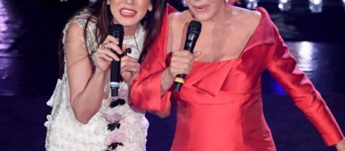 Festival di Sanremo 2019: è Ornella Vanoni e Patty Pravo si baciano, infrangendo il regolamento
