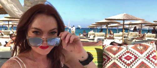 Lindsay Lohan reality series Lohan Beach Club announced | EW.com - ew.com