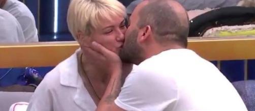 """María Jesús Ruiz y Antonio Tejado se han besado en 'GH DÚO': """"Para ... - bekia.es"""