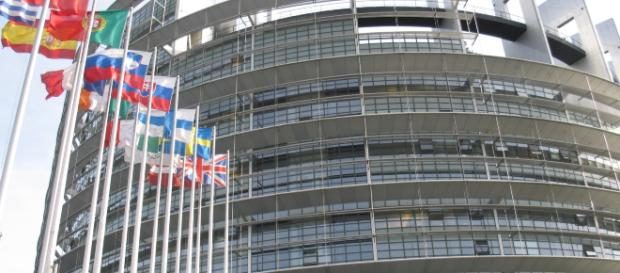 Europa: trovata intesa su articolo 13 della riforma del copyright.
