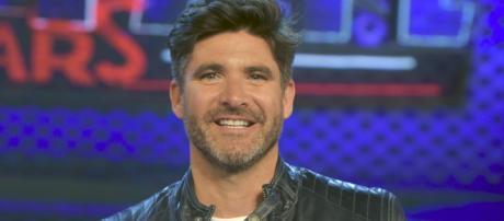 Fotografía de Toño Sanchís en un porograma de televisión