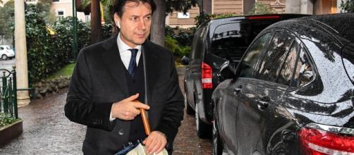 La nuova analisi costi-benefici chiesta dal premier Giuseppe Conte dimezza il saldo negativo