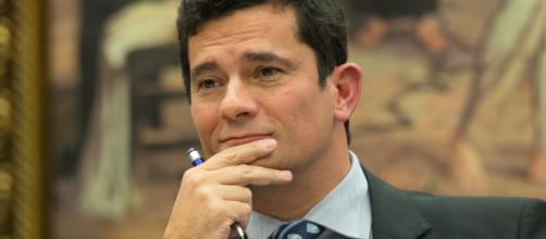 Sergio Moro assume que demitiu Ilona Szabó por pressão de apoiadores de Bolsonaro. (Foto: Arquivo/Blasting News)