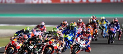 Diretta MotoGp Qatar, la corsa alle 18.00 su SkySport e online su NowTv
