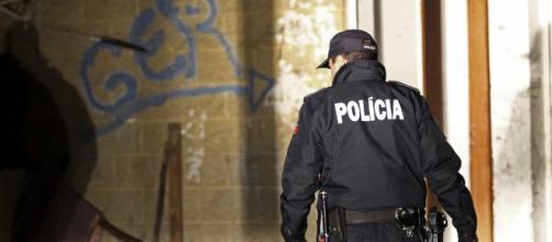 Um agente da PSP foi agredido no Porto (Reprodução)