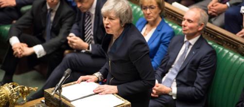 Brexit : le plan de Theresa May massivement rejeté - lefigaro.fr