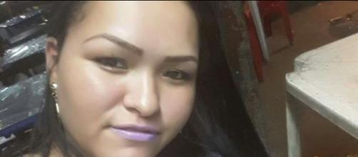 Carine Alves Lobo morta estrangulada no dia Internacional da mulher: (Foto: Reprodução/ Facebook)
