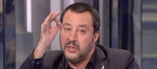 Matteo Salvini attacca i giornali