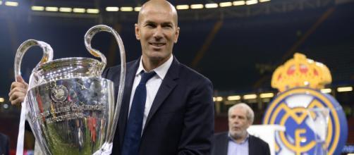 OFFICIEL - Zidane de retour sur le banc du Real Madrid | Goal.com - goal.com