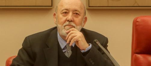 Tezanos es el director del CIS