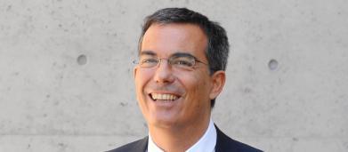 Floris ride in faccia a Di Maio per una battuta di Zingaretti: i social lo insultano