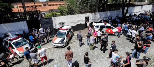 Brasile, sparatoria a scuola: killer si uccidono. Almeno 10 morti - blitzquotidiano.it