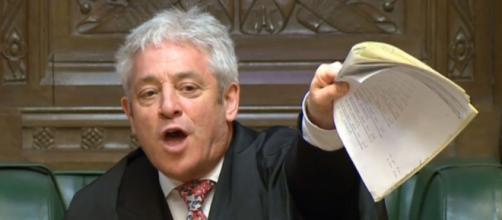 John Bercow pone al gobierno de May contra las cuerdas