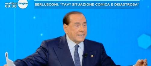 Berlusconi attacca il Movimento 5 Stelle.
