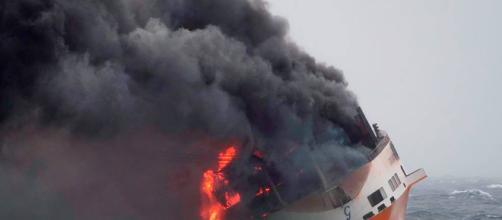 """Grande America"""" : après le naufrage, la pollution """"d'ici dimanche ... - lanouvellerepublique.fr"""