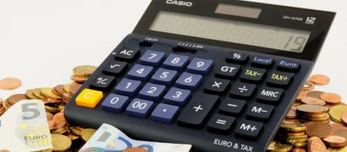 Pensioni: arrivano i tagli da aprile ma sui conguaglia a debito il recupero dopo il voto europeo.