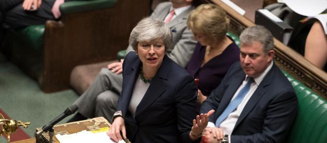 El Parlamento de Gran Bretaña rechaza un Brexit sin acuerdo
