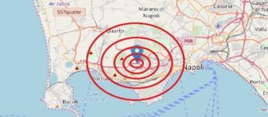 Terremoto tra Napoli e Pozzuoli: gente per strada nel territorio campano