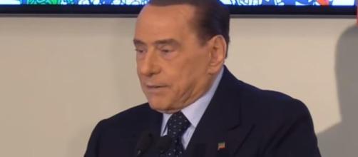 Silvio Berlusconi attacca i cittadini che ancora credono in questo governo.
