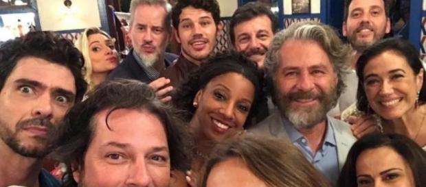 Parte do elenco de 'O Sétimo Guardião' (Reprodução/Instagram/@lilia_cabral)