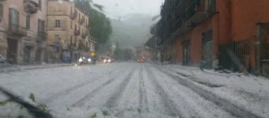 Primavera: l'Italia sotto un vortice di pioggia e grandine