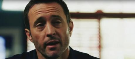 McGarrett (Alex O'Loughlin) needs his team on cases that involve art, politics, and greed on Hawaii Five-O. [Image source: TVPromos-YouTube]