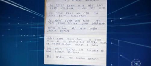 Nota encontrada na casa do suspeito (Foto: Reprodução Globo)