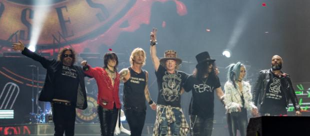 Guns N' Roses in a London Stadium concert in June 2017. Photo credit Raph_PH/https://commons.wikimedia.org