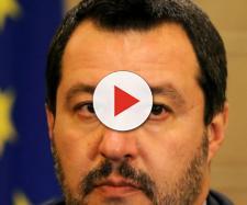 Matteo Salvini a Napoli: 'I cretini inneggiano alla mia morte al Friday For Future'.
