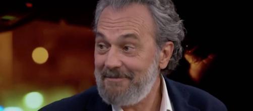 José Coronado es Nemo Badeira en 'Vivir sin permiso'