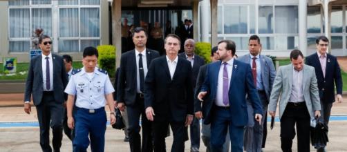 Junto com o presidente Bolsonaro foram mais 7 ministros. (Allan Santos/Divulgação/ Presidência da República)
