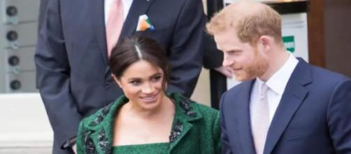 Royal news : Meghan Markle and Prince Harry appear to have received a special delivery. [Image source/Royal Magazine AZ YouTube Video]