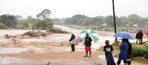 (VIDEO) Ciclone devasta Mozambico, Malawi e Zimbabwe: tragico bilancio, almeno 157 morti.