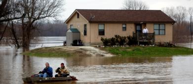'Ciclón bomba' deja dos fallecidos en EEUU