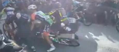 L'incidente che ha coinvolto Michael Bresciani alla Tirreno Adriatico