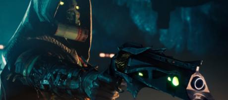 The Exotic hand cannon Thorn in 'Destiny 2.- - [MoreConsole / YouTube screencap]