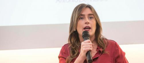 Maria Elena Boschi scarica Matteo Renzi prima dell'Assemblea Pd