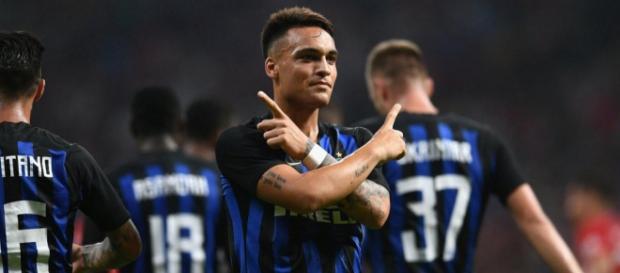 Milan-Inter, Lautaro Martinez festaggia il suo gol