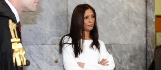 Perché e come è morta Imane Fadil, teste chiave dei processi Ruby? Indaga la Procura di Milano in cerca di riscontri sull'ipotesi avvelenamento.