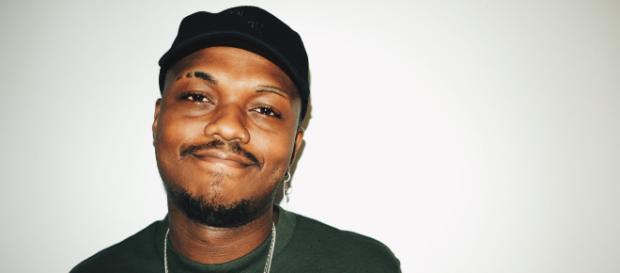 Rapper Orochi é detido no RJ por porte de drogas e desacato (Arquivo Blasting News)
