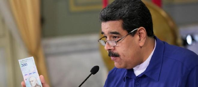 Presidente da Venezuela pede que ministros coloquem cargos à disposição