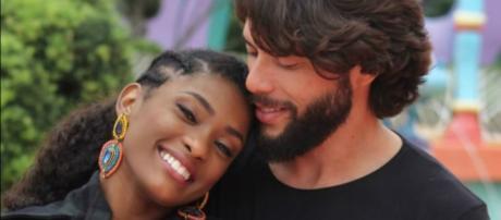 Erika Januza posta foto com namorado, Victor Evangelista, em viagem aos EUA (Reprodução/Instagram)