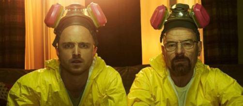 Aaron Paul e Brian Cranston em cena da série Breaking Bad (foto: Divulgação/ AMC)