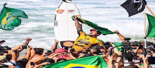 Gabriel Medina se tornou um ícone do surf para os brasileiros. (Reprodução/Instagram/@gabrielmedina)