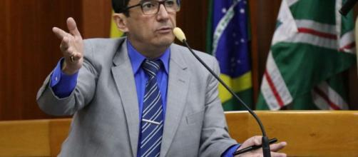 Jorge kajuru critica ministro Gilmar Mendes. (Foto: Reprodução)