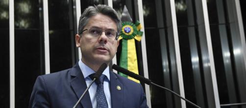 Senador Alessandro Vieira protocola no Senado CPI da Lava Toga. (Foto: Reprodução)