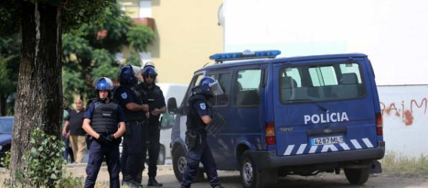 Mesmo estando de folga os polícias não viram costas a um desacato ou desordem